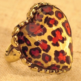 Vintage Heart Peacock Feather Leopard Cocktail Ring
