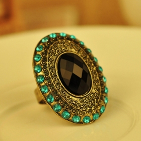 Bold Fashion Black Antique Cocktail Ring