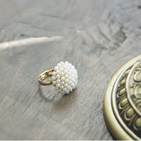 Chic Cocktail Vintage Pearl Rings for Ladies