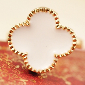 Fashion Heart Four Leaf Clover Shape Band Ring