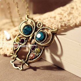 Hollowed Multi-color Lovely Owl Shape Chain Necklace