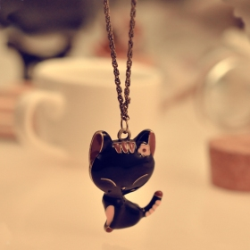 Black Cat Resin Ladies' lovely Pendant Chain Necklace