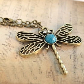 Vintage Dragonfly Hollowed Jewlery Ladies' Sweater Chain Necklace
