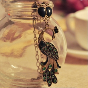 Vintage Short Green Peacock Pendant Necklace For Women