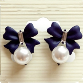 Lovely Bowknot Style with Pearl Ladies' Elegant Drop Earrings