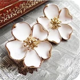 Elegant Jewelry Ladies' Trendy Flower Stud Earrings