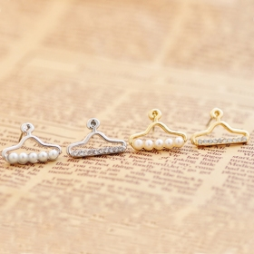 Exquisite Chic Asymmetric Hanger Shape Rhinestone Pearl Stud Earring