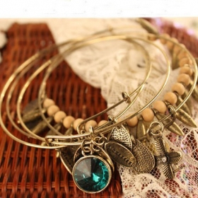 Ladies' Vintage Layers Crystal Chic Charm Bangle Bracelet