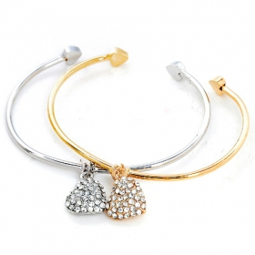 Ladies' Modern Fashion Simple Cuff Love Bracelet