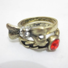 Vintage Bowknot Red Rhinestone Band Ring
