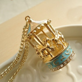 Vintage Golden Merry-Go-Round Chain Necklace for Women