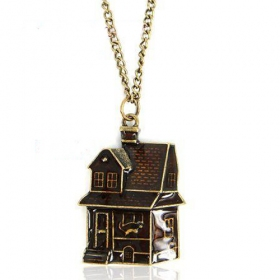 European Fashion House Pendant Chain Necklace