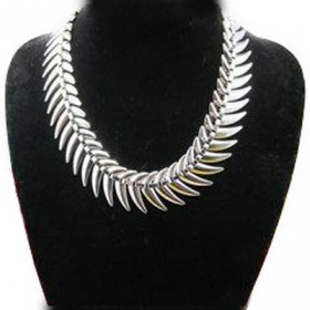 Bold Fashion Choker Necklace for Women