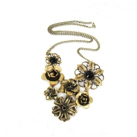 Bold Fashion Flowers Vintage Chain Necklace