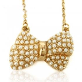 Fashion Golden Bowknot Pearl Chain Necklace