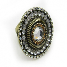 Anique Classical Rhinestone Cocktail Ring