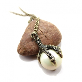 Vintage Hawk Claw Pearl Long Chain Necklace