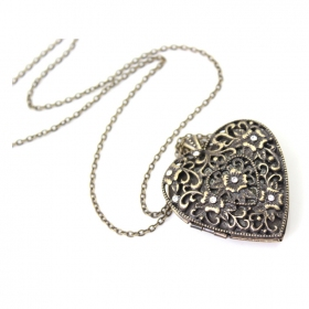 Antique Hollowed Heart Pendant Long Chain Necklace