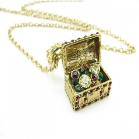 Vintage Golden Treasure Chest Pendant Chain Necklaces