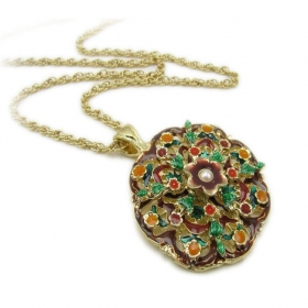 National Multicolor Flower Pendant Chain Necklace