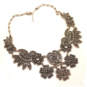 Vintage Hollowed Flowers Choker Necklace