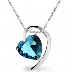 Exquisite Silver Crystal Pendant Necklace