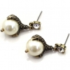 Vintage Talons Shape Pearl Stud Earrings