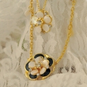 Chic Elegant Rhinestone Flower Pendant Bib Necklace