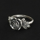 Antique Personalized Elegant Rose Gold Tone Flower Ring