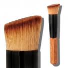 Angled Foundation/Blush Brush