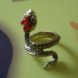 Fashion Rhinestone Sexy Snake Shape Cocktail Animal Ring