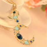 Fashion Exquisite Moon Shape Rhinestone Embedded Pendant Necklace