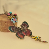 European Style Vintage Butterfly Flower Chain Pendant Necklace