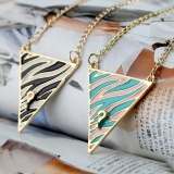 Zebra Stripe Question Mark Alloy Triangle Chain Neck