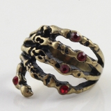 Punk Skull Red Hand Diamond Animal Ring