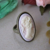 Vintage White Rhinestone Antique Ring