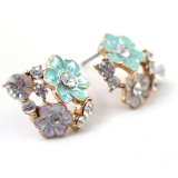 Fashion Flower Shape Rhinestone Stud Earring